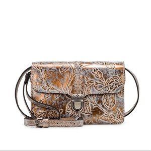 🆕🏷 Patricia Nash Crossbody bag Bark Leaves 🍁